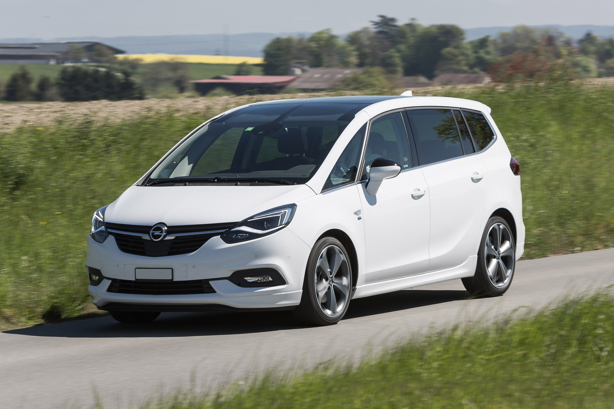Leasing Opel Zafira 2018 et Location longue durée LOA